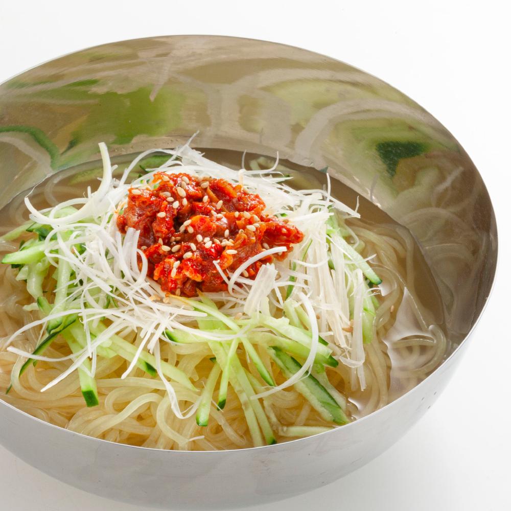 あっさりスープの旭人冷麺